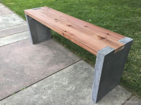 Diy Modern Concrete And Redwood Bench Remodelaholic 4825 Concrete Garden Garden Bench Diy Concrete Diy