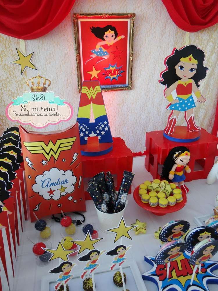 Frozen fever wonder woman birthday party ideas gemelo for Decoracion wonder woman