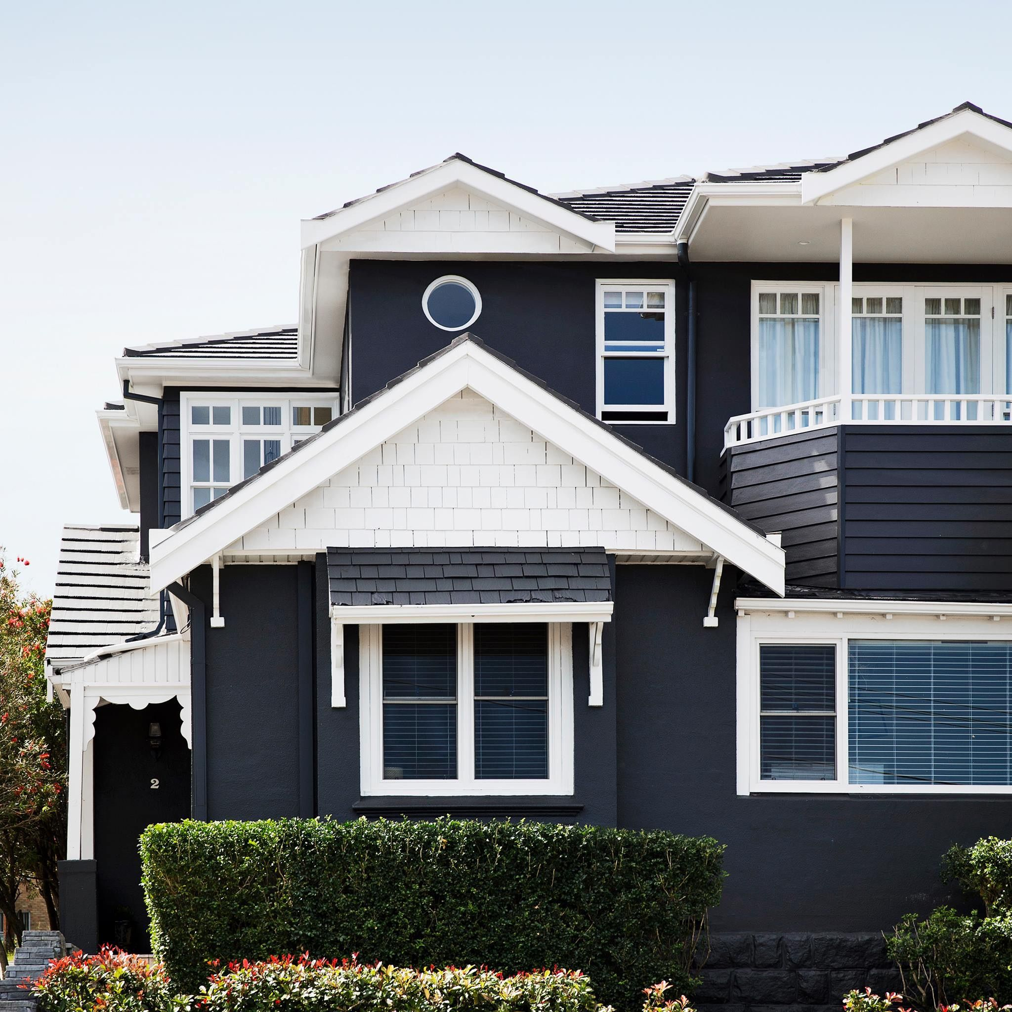 Bungalow Paint Schemes: Dark Grey/charcoal And White Colour Scheme For House