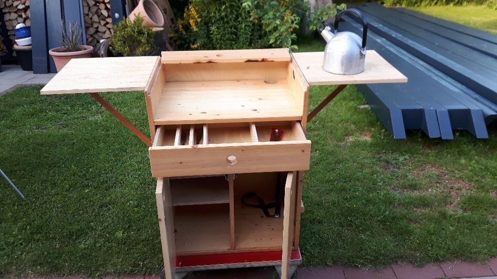 Die Mobile Campingküche Findet Platz In Jedem Wohnmobil, Im Vorzelt Beim  Camping Oder Im Garten