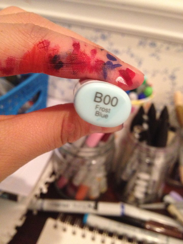 It's says boo! How is that now the cutest copic ever! ^~^