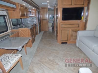 New 2017 Fleetwood Rv Bounder 35p Motor Home Class A At General Rv