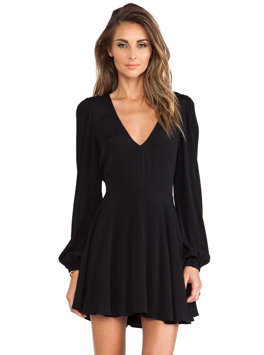 Black long sleeve v neck pleated dress Надо купить