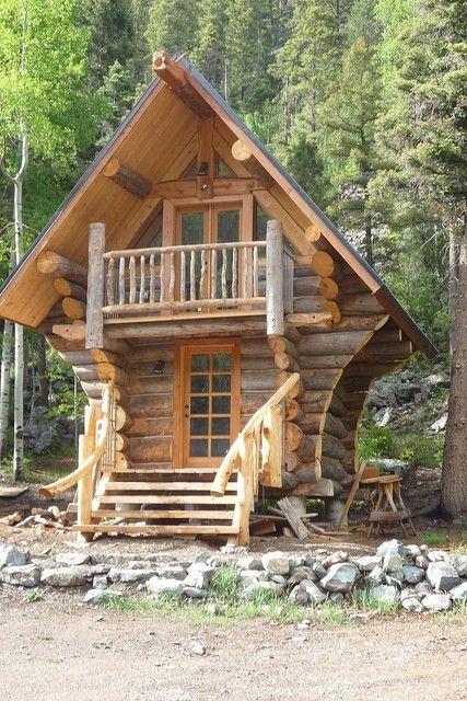 Lloyd S Blog Cabin In Taos Ski Valley Tiny Log Cabins Small Log Cabin Log Homes