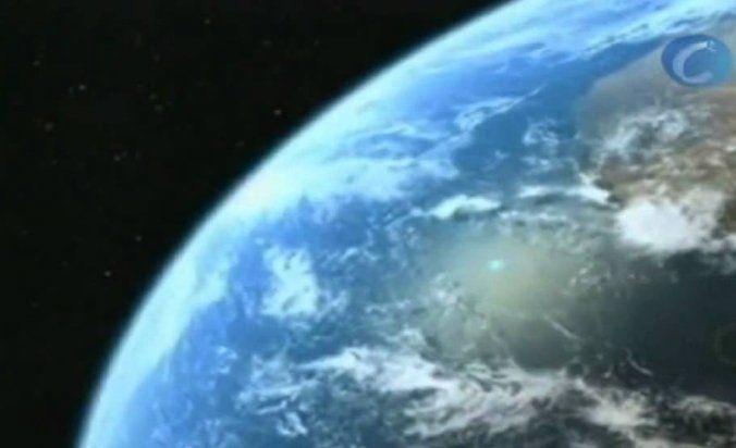 En la constelación del Cisne y a unos 500 millones de años luz de la Tierra las observaciones del telescopio orbital Kepler y los análisis de los telescopios Keck y Géminis han confirmado la existencia de un planeta que podría ser habitable.