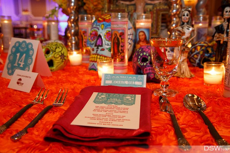Ideas to I Do - Day of the Dead Wedding Theme | halloween "|800|533|?|ac1e7f2ae16873c9dec426ed694ca8b7|False|UNLIKELY|0.3168424963951111