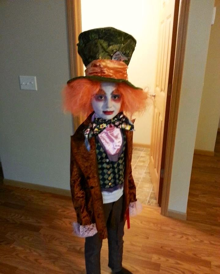 Kids Mad Hatter Costume This Costume Won My Daughter Several Awards For Her Co Mad Hatter Halloween Costume Mad Hatter Costume Kids Family Halloween Costumes