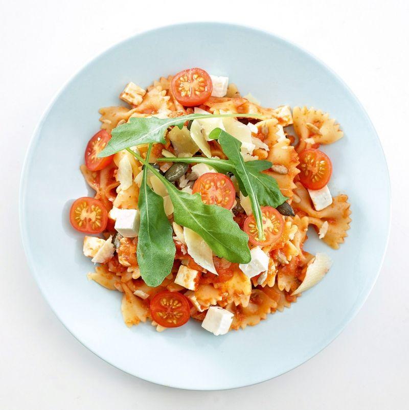 Nopea tomaatti-fetapasta   K-Ruoka