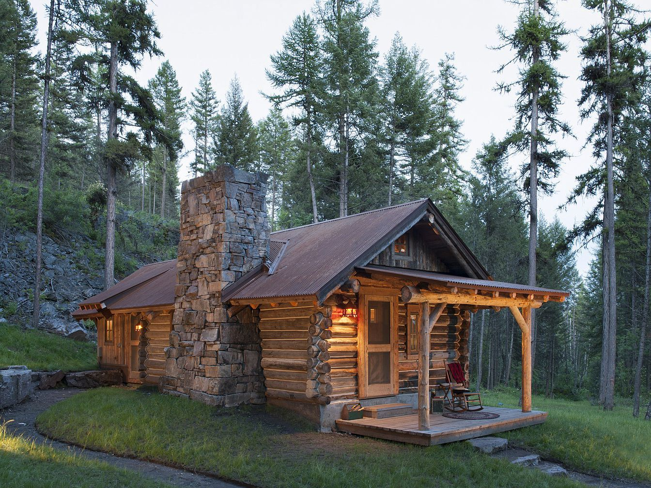 59 Eagle Creek Trl Whitefish Mt 59937 Mls 21812661 Zillow Tiny Log Cabins Log Cabin Rustic Ranch House