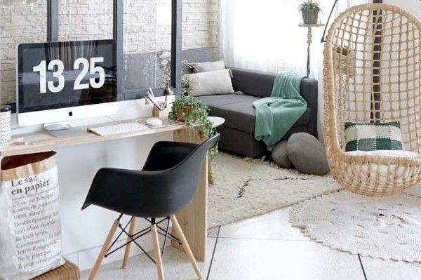 Un coin bureau dans le salon Дизайн квартирки