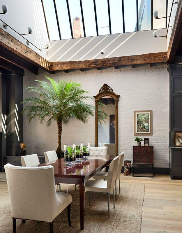 Decordemon A Townhouse With A Mix Of Contemporary And Rustic Design By Architect Kevin Dakan Casa De Pueblo Diseño Moderno Casa Adosada