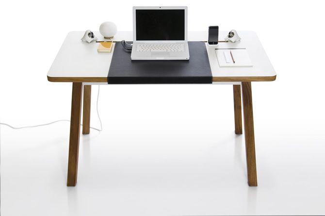 Studiodesk In 2020 Small Office Desk Office Desk Studio Desk