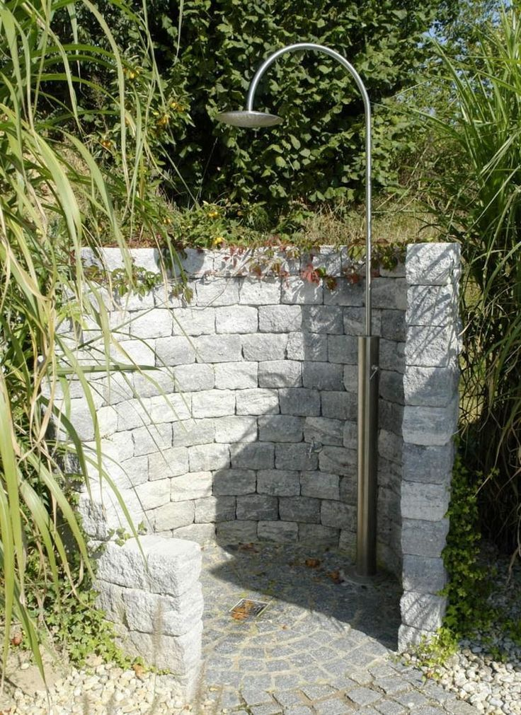 Duschen Fur Den Garten Funfzig Fantastische Ideen Gartendusche Begehbaredus Begehbaredus Duschen Fantastisch Garten Gartendusche Garten Und Outdoor
