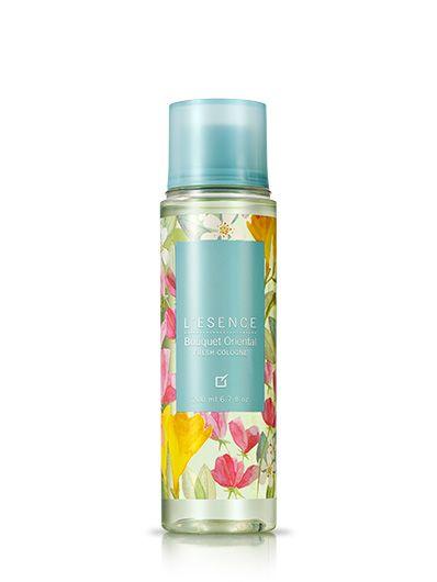 Una colonia que te envuelve con una fresca elegancia y encanto.Suave aroma oriental con notas de flores y madera. Una colonia ideal para usar todos los días después del baño diario.