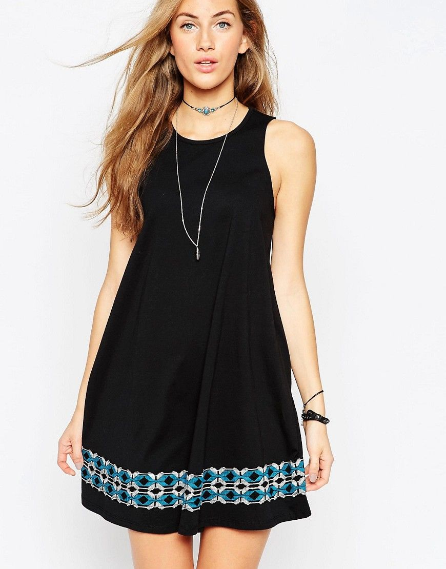 """Buy it now. ASOS Swing Sundress with Embroidered Tape Trim - Black. Casual dress by ASOS Collection Soft-touch jersey Round neckline Raw-cut armholes Embroidered design to hem Regular fit - true to size Machine wash 100% Cotton Our model wears a UK 8/EU 36/US 4 and is 174 cm/5'8.5"""" tall , vestidoinformal, casual, camiseta, playeros, informales, túnica, estilocamiseta, camisola, vestidodealgodón, vestidosdealgodón, verano, informal, playa, playero, capa, capas, vestidobabydoll, camisole, ..."""