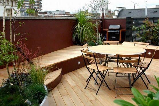 Natural wood finish garden flooring ideas for small patio garden ...