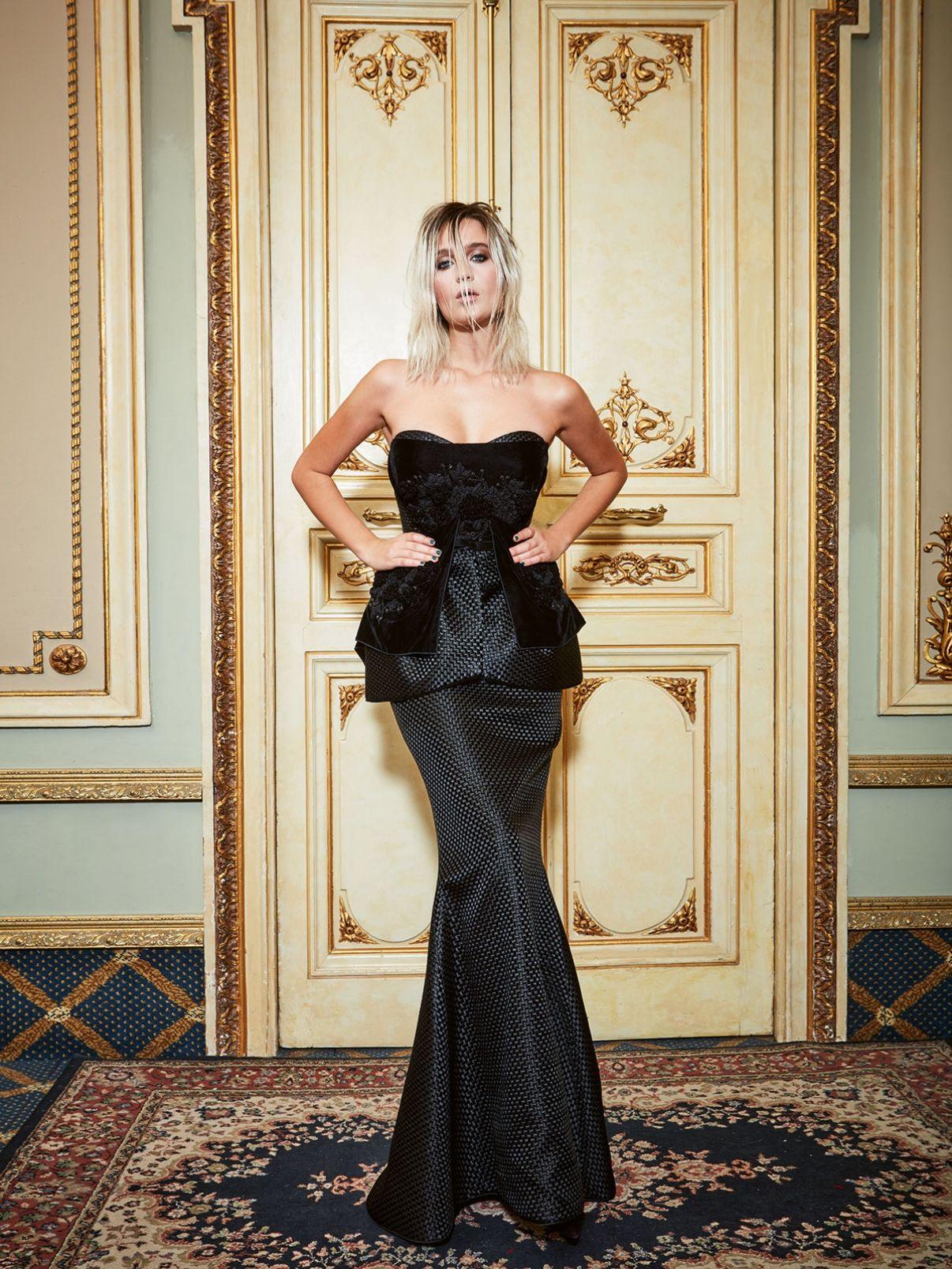 YolanCris | New Couture Collection FW 2016/2017   #YolanCris #Couture  #redcarpet #redcarpetlook #trends #newtrends #fashion #Straplessdress #Couturefabrics #blackdress