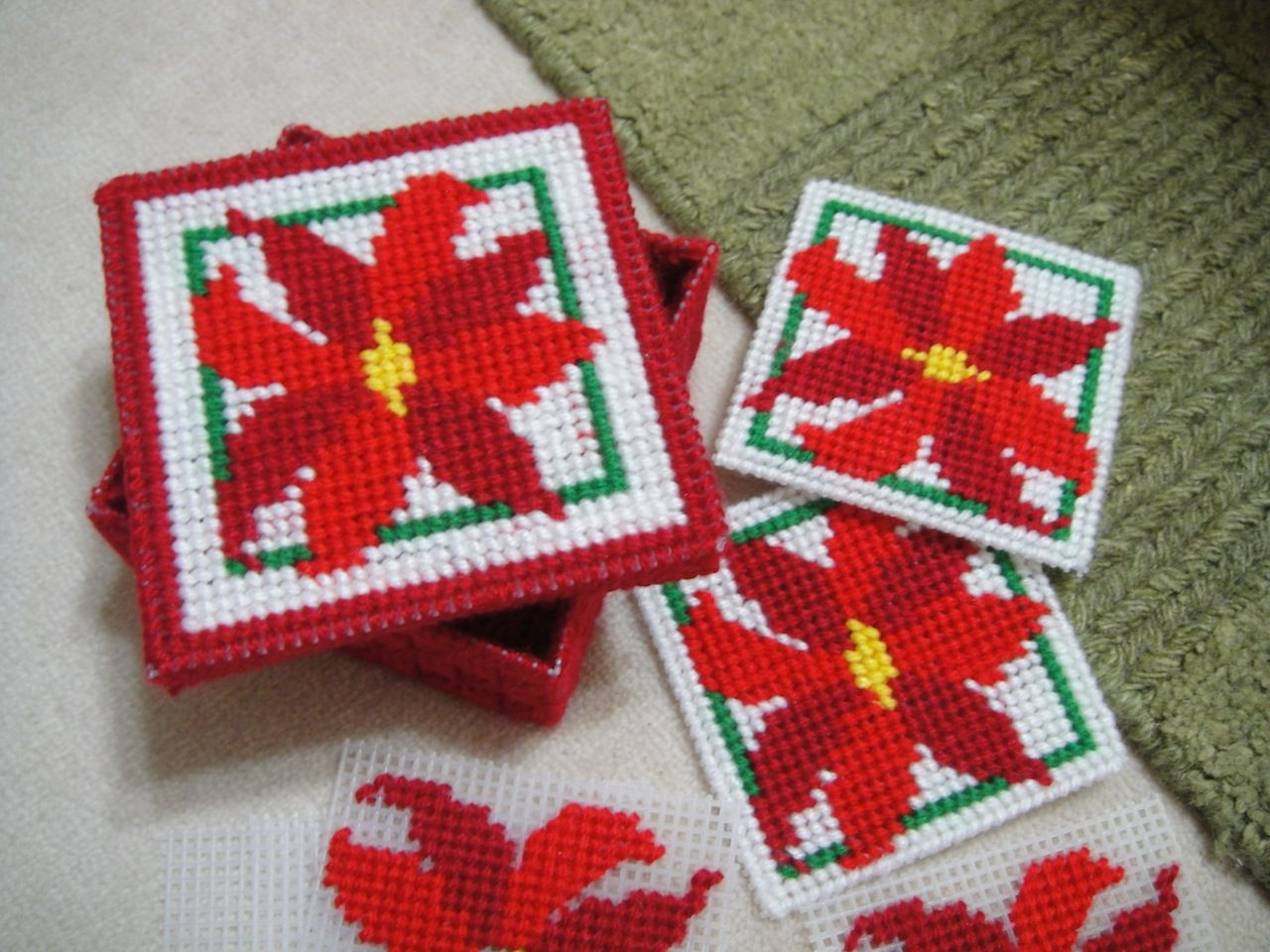 Free plastic canvas coaster patterns google search for Craft plastic