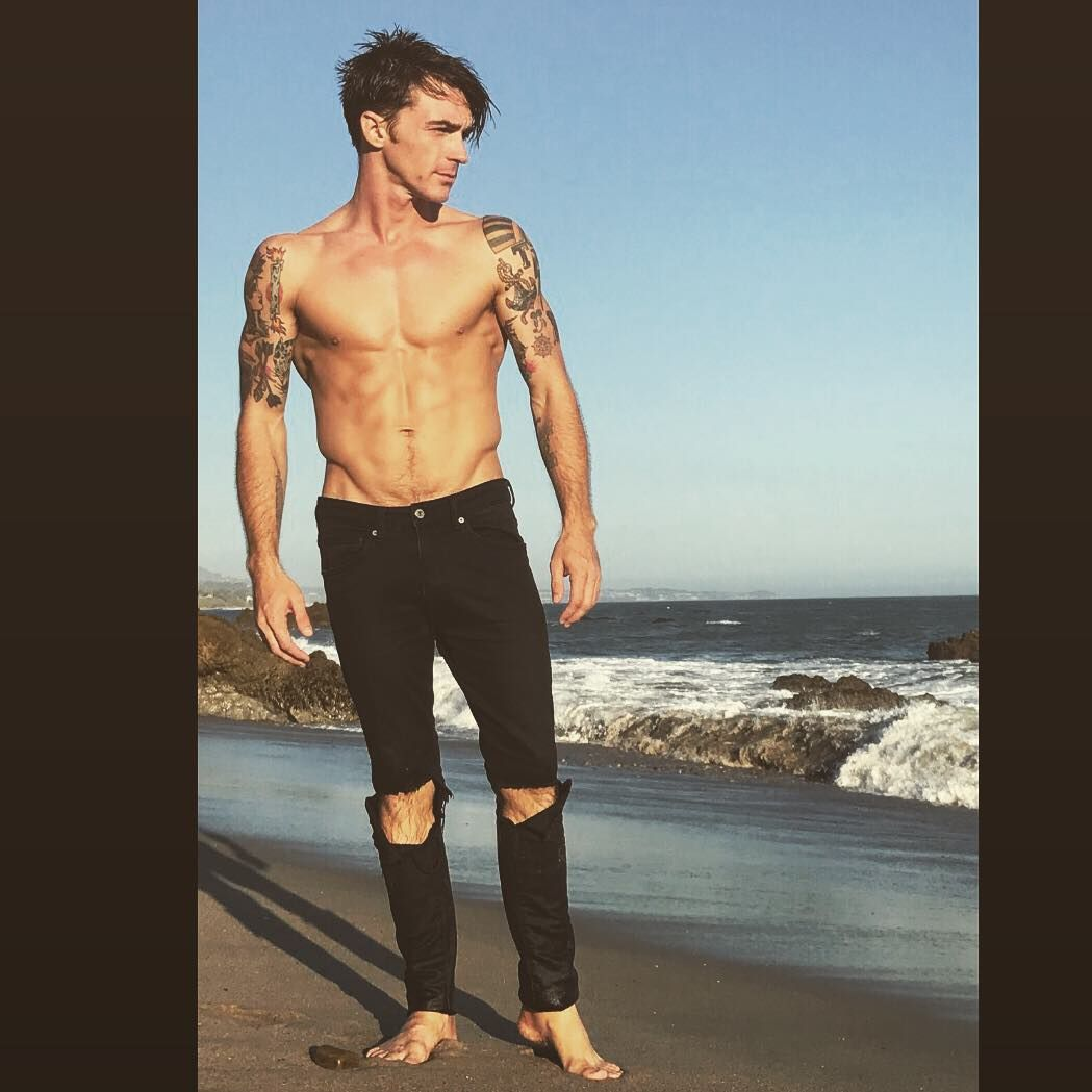 Drake Campana On Instagram Second Day Of My Honest Music Video Shoot Check Out The New Honest Ep Link In Bio Drake Bell Drake Bell Now Drake And Josh