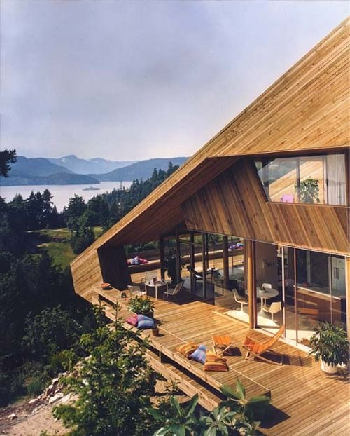 My Kind Of Dream House Mountain Or Hill Top With Over Looking Beach Or Lake I Can See Myself Sitting On That Architecture Exterior Design Architecture House