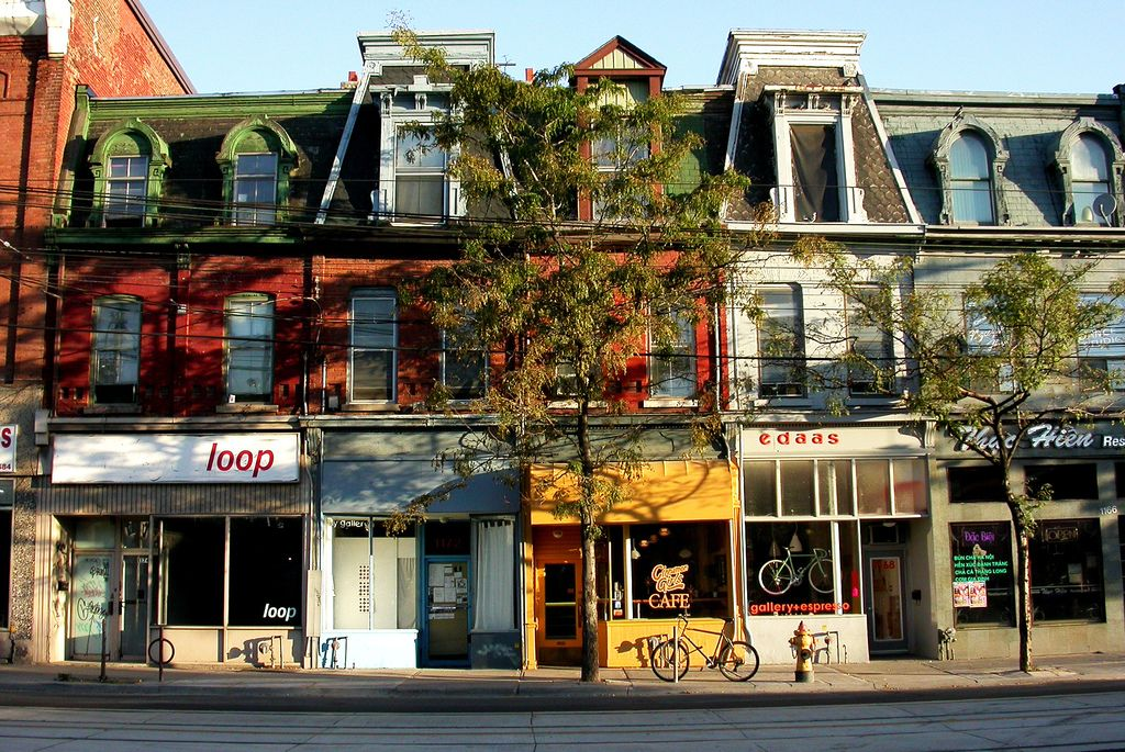 Toront Guest Houses Short Term Rental Queen Street West Shopping Street Toronto Neighbourhoods