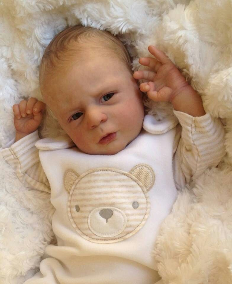 Silicone baby | Reborn Dolls | Newborn baby dolls, Baby ...