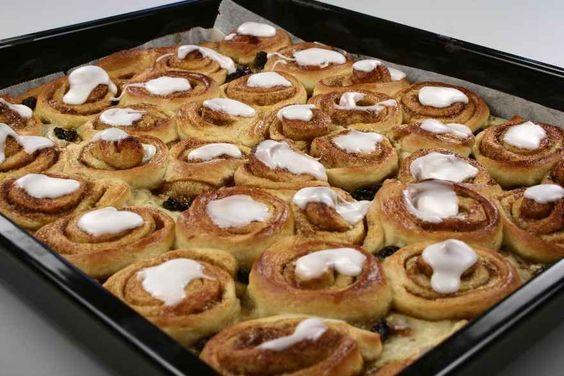Alletiders Kogebog Kageopskrifter stor smørkage (gærdejsversion) | opskrift | mad | cake, desserts og