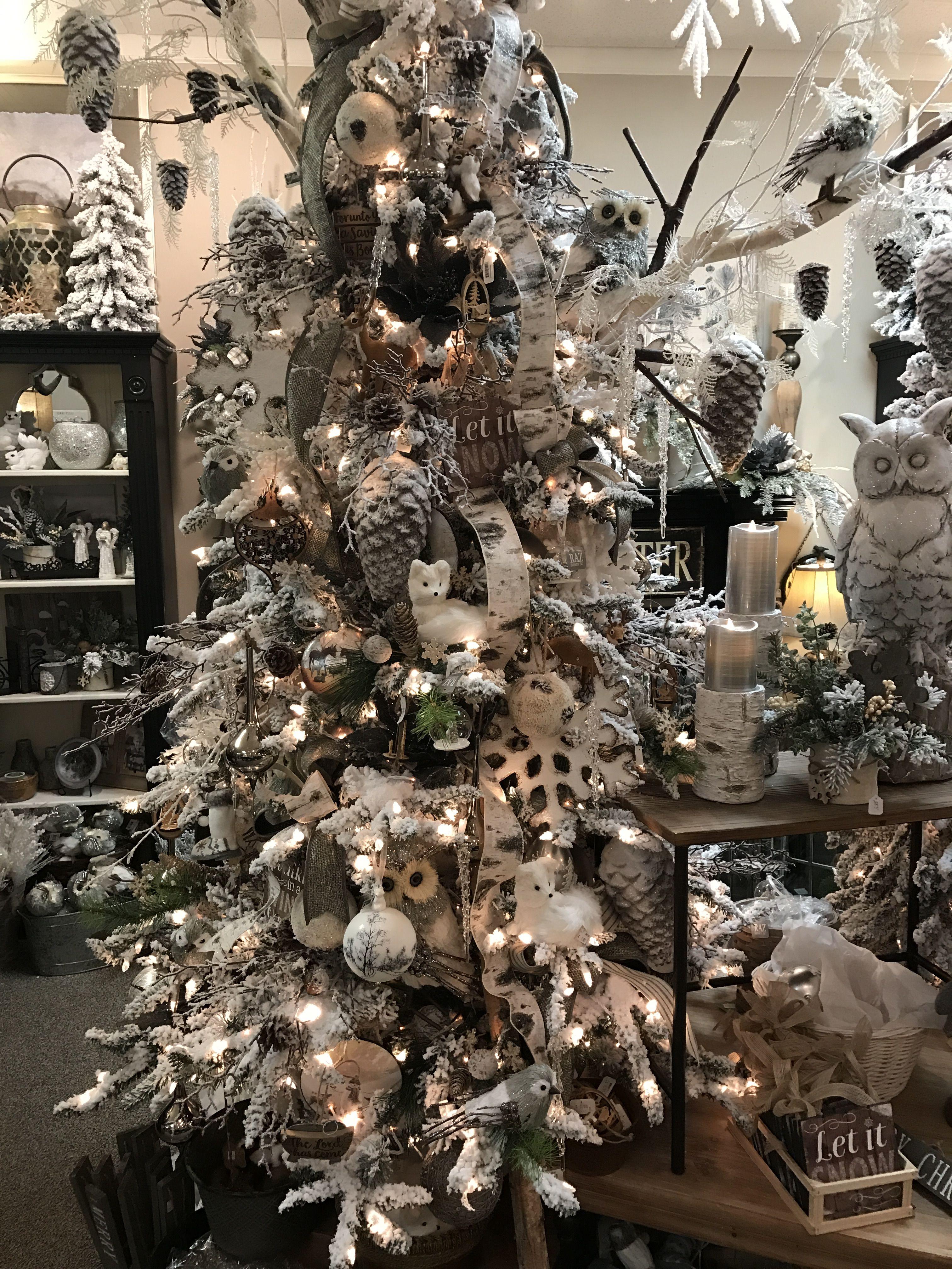 Woodland Christmas Woodland Christmas Theme Elegant Christmas Decor Cool Christmas Trees