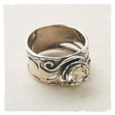 Beautiful jewelry on this site