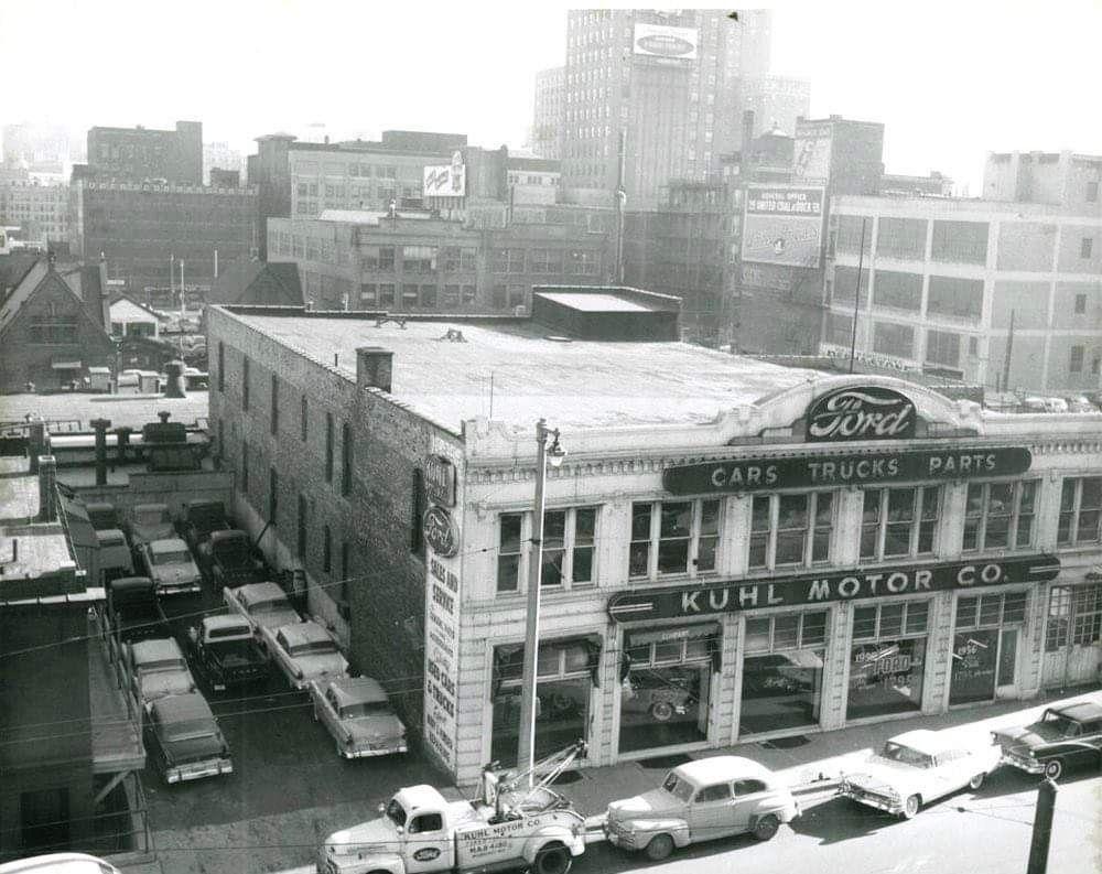 738 n 8th St. 1956. Bill Cook via Adam Levin Building