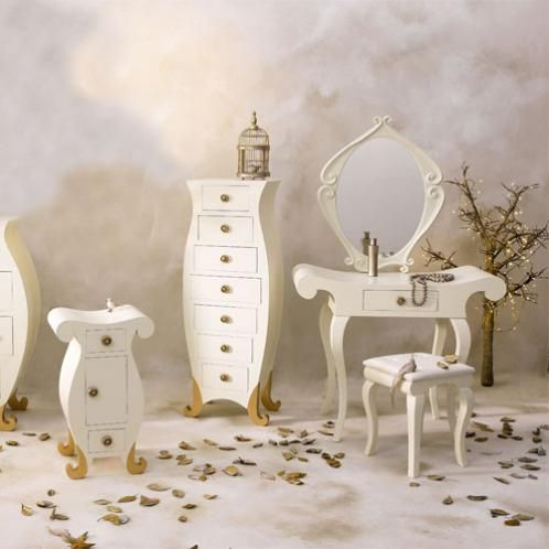 coiffeuse baroque chambre d 39 enfant coiffeuse baroque. Black Bedroom Furniture Sets. Home Design Ideas