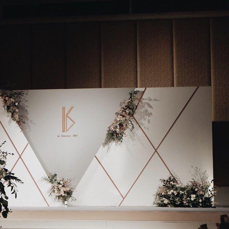 "66 Likes, 1 Comments - Kaidang Design (@kaidangdesign) on Instagram: ""The Triangle. #kaidangdesign #wedding #thailandweddingexpert #weddingplanner #weddingparty…"""