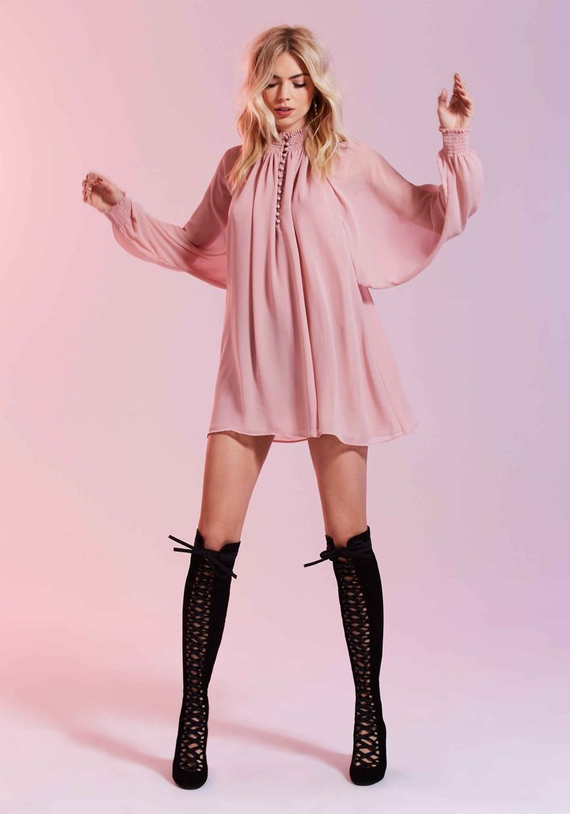 Nasty Gal S Valentine S Day Lookbook Is Red Pink All Over
