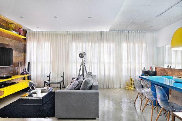 Apartamento pequeno com piso cimento queimado sala tv for Pisos apartamentos pequenos