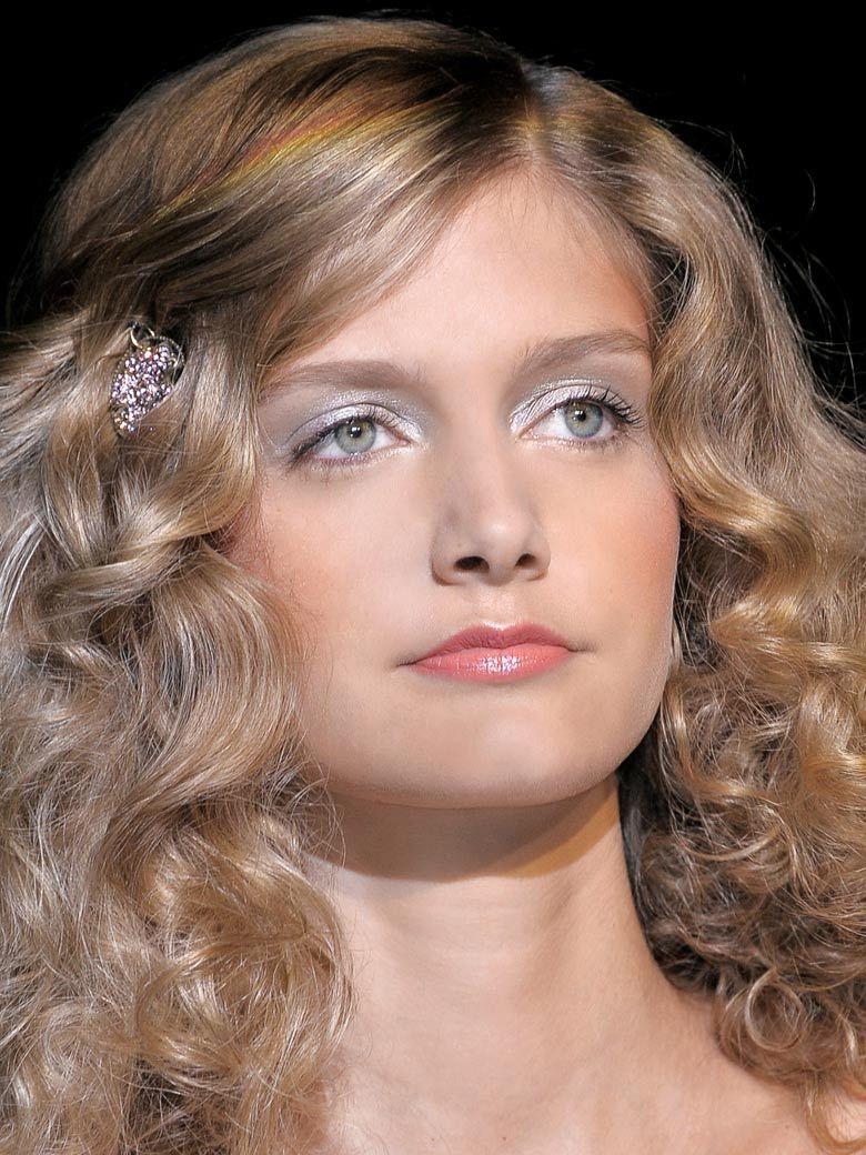 30 coiffures pour cheveux bouclés Coiffures Coiffure