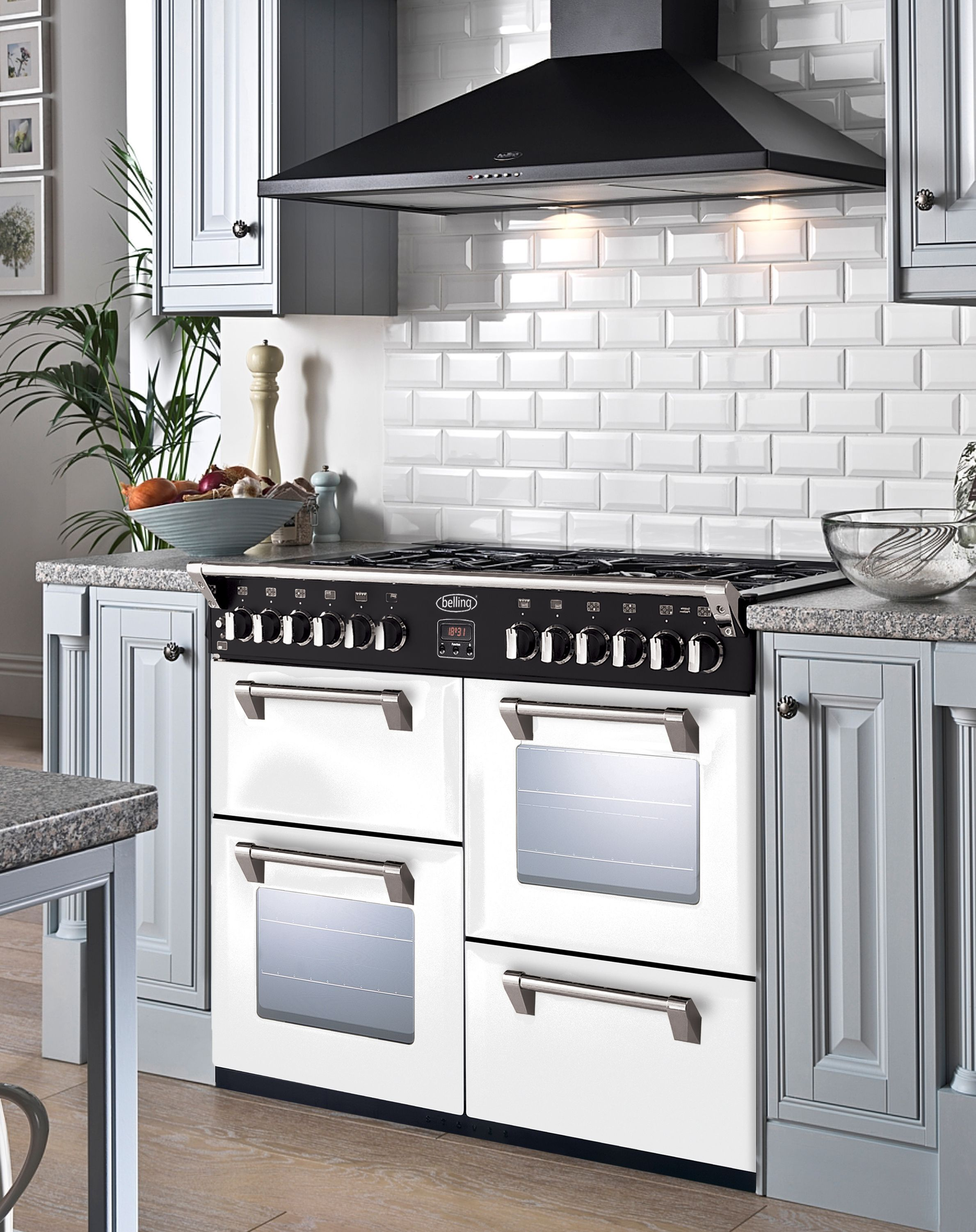Kensington Kitchen Cabinets: What Kitchen Design Will You Come Up With The White