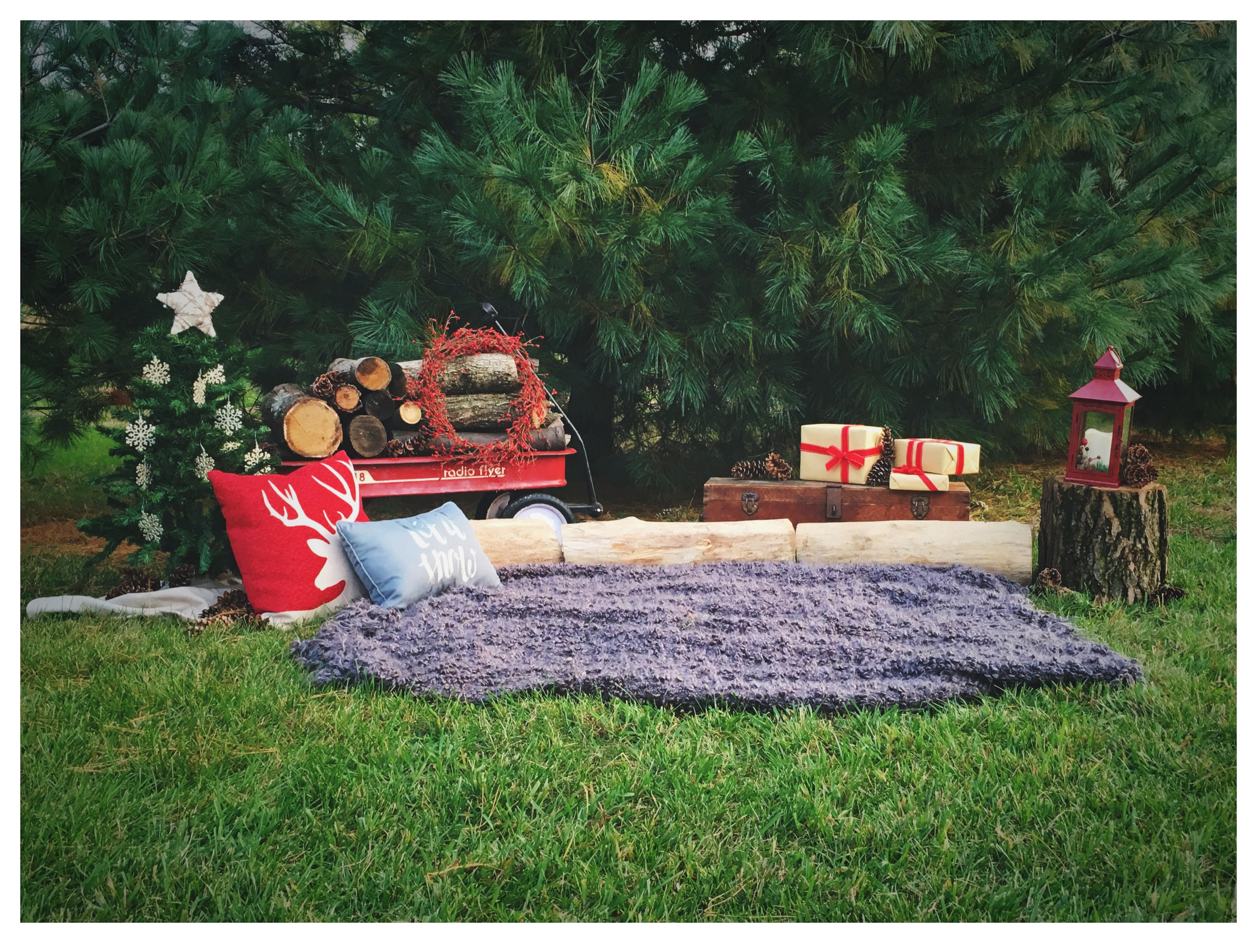 Christmas Mini Session Set Up- Jennifer Szynal Photography
