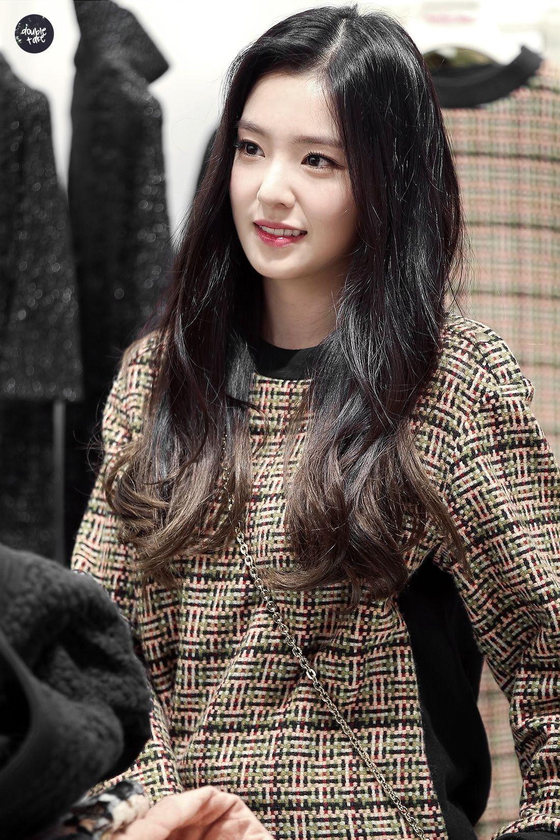 Koreans Claim These 2 Hairstyles Make Girls Look Innocent Koreaboo Red Velvet Irene Hair Styles Straight Black Hair