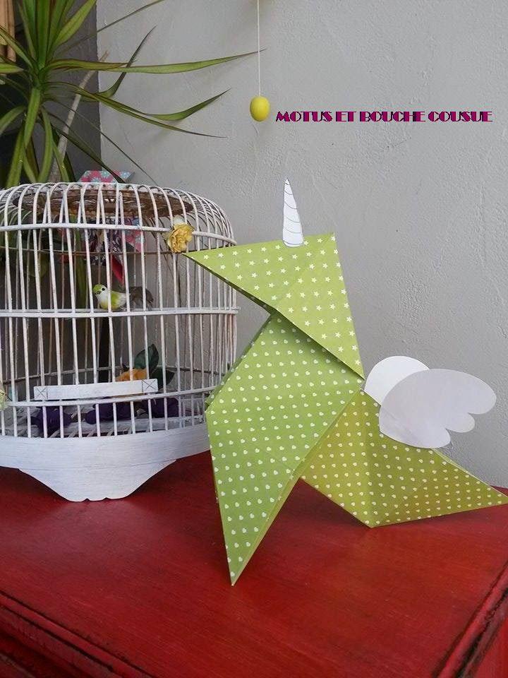 cocotte licorne en origami objet d co accessoires de maison par motus et bouche cousue. Black Bedroom Furniture Sets. Home Design Ideas
