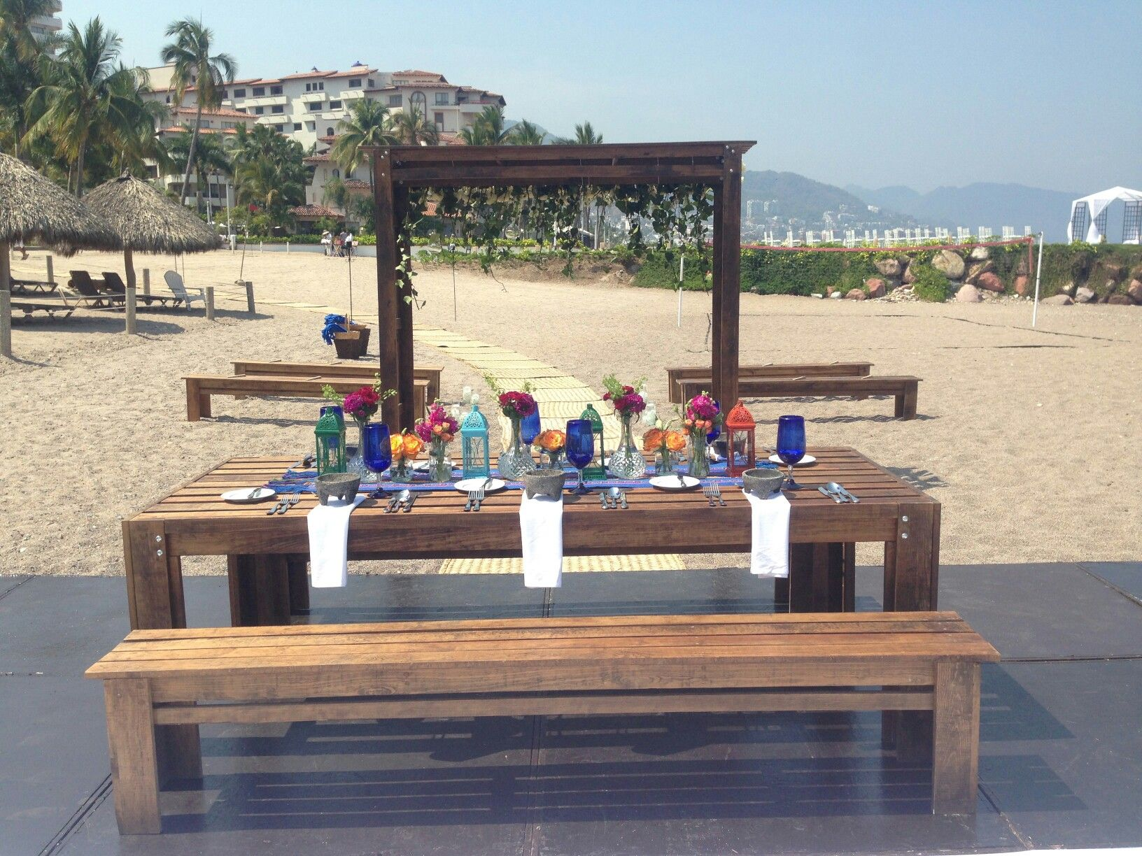 Merveilleux Find This Pin And More On Furniture Weddings   Mobiliario Para Bodas.  Mexican Wedding At Puerto Vallarta