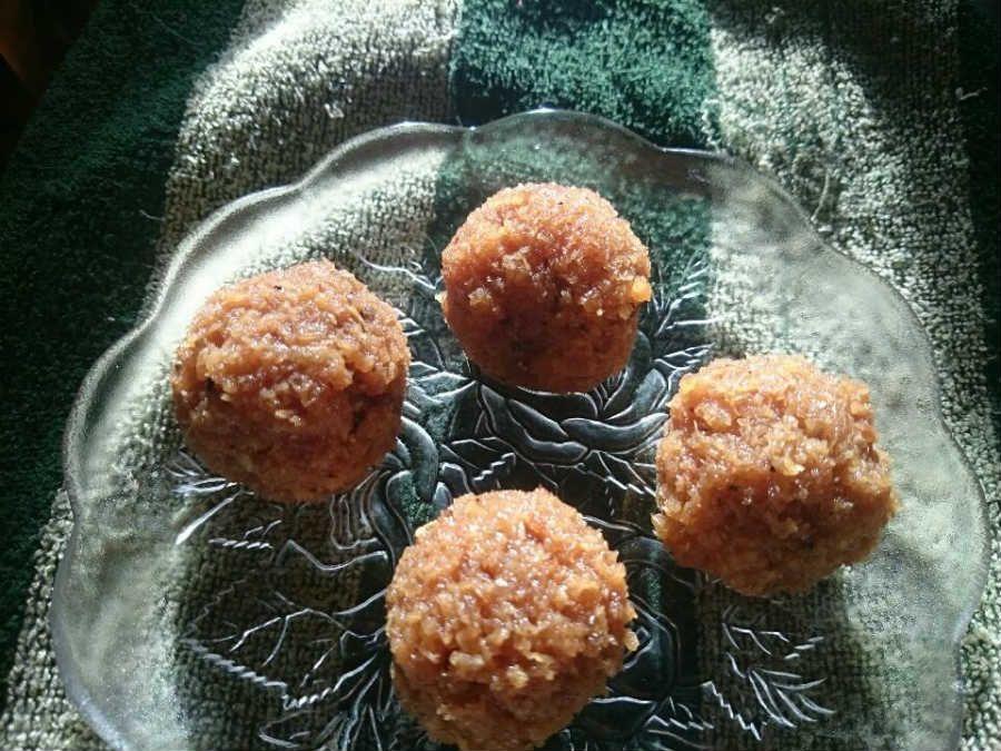 Telugu vantalu south indian recipes kobbari vundalu coconut sweet telugu vantalu south indian recipes kobbari vundalu coconut sweet forumfinder Image collections