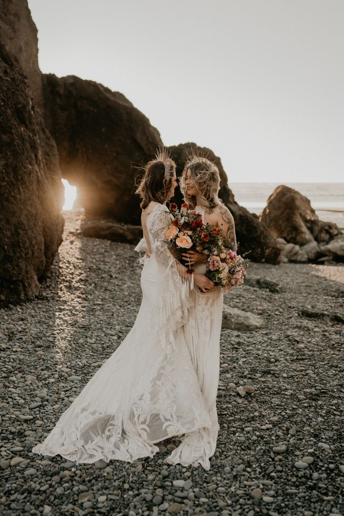 This Romantic Ruby Beach Vow Renewal is Everything Your Eyes and Heart Need to See Today