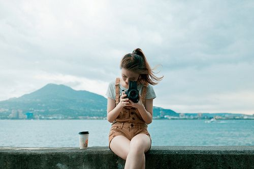 Girl sea camera