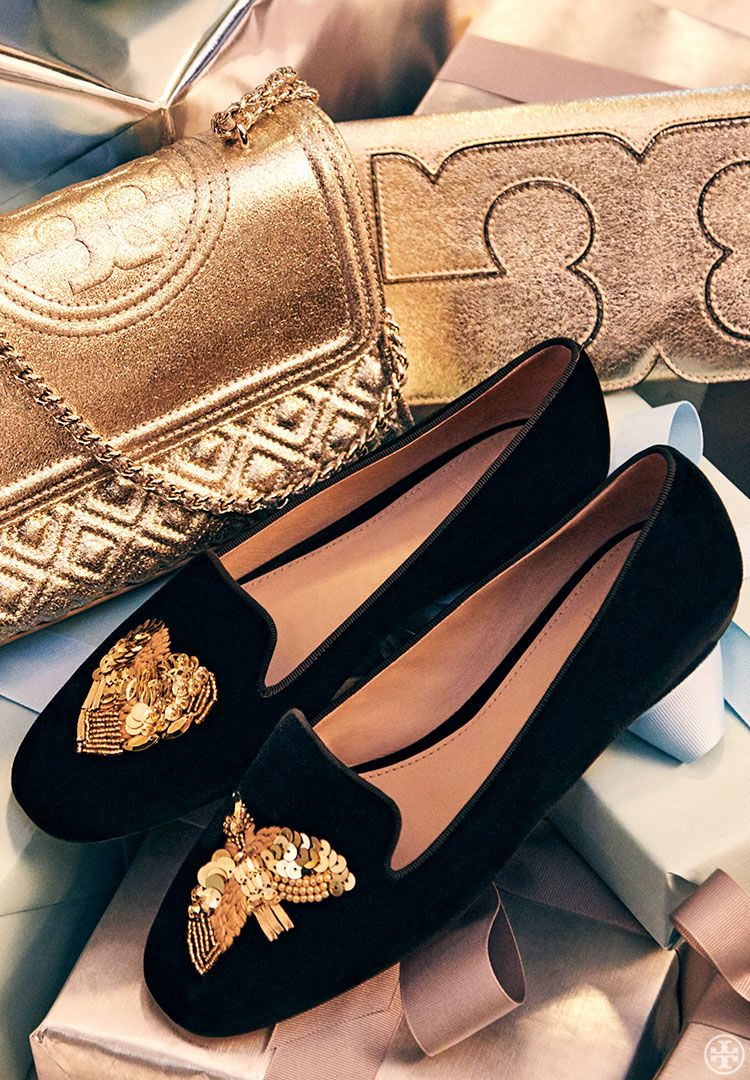 Put Away the Ballet Flats. These Are the Shoes You Need Now | Miu miu, Bag  and Easy