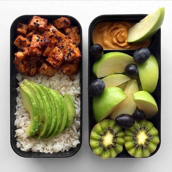 Photo of Végétalien marinées tofu, fruits et noix Beurre Snack | de Green Loot de #bento