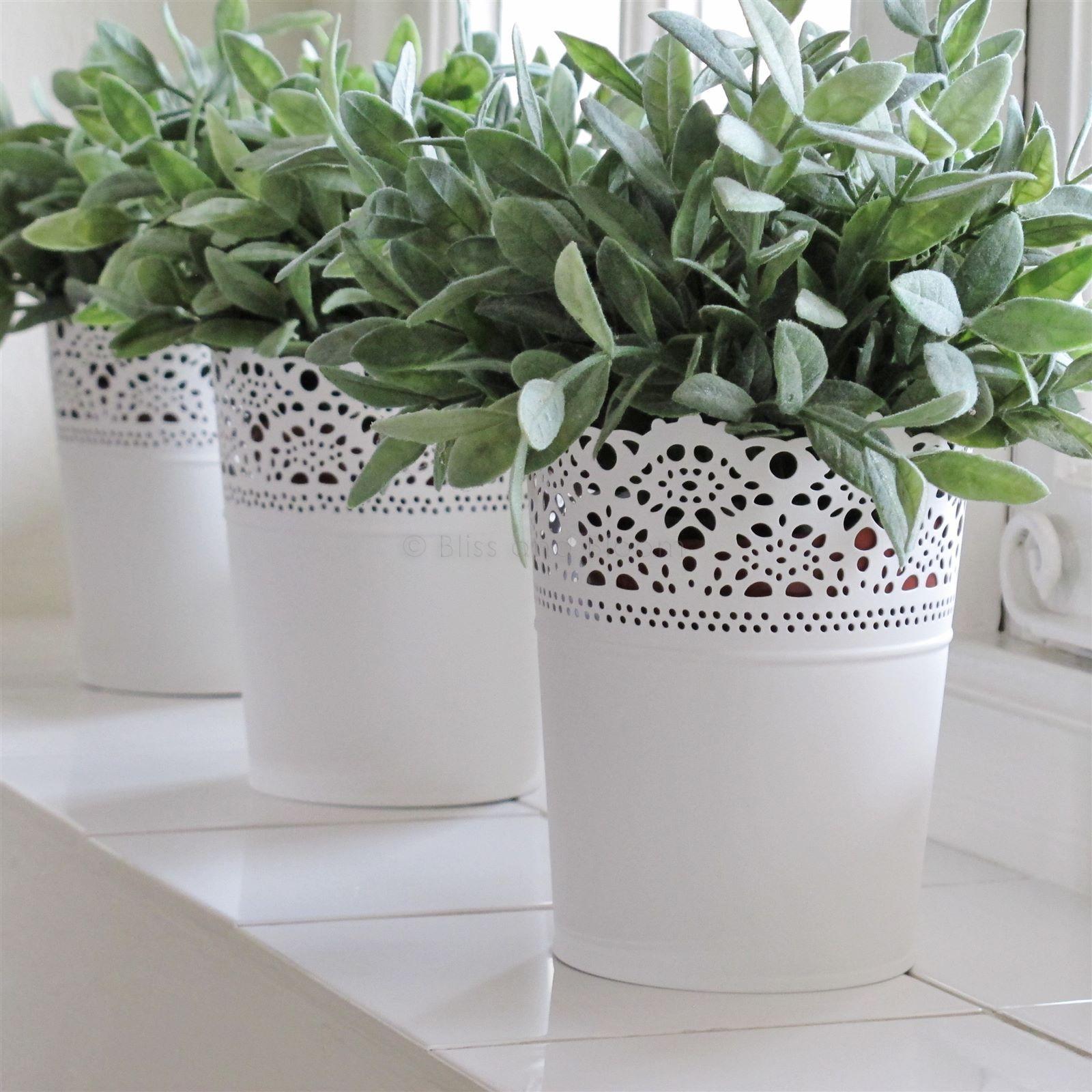 White metal planter x1 Vintage French style. Pretty lace