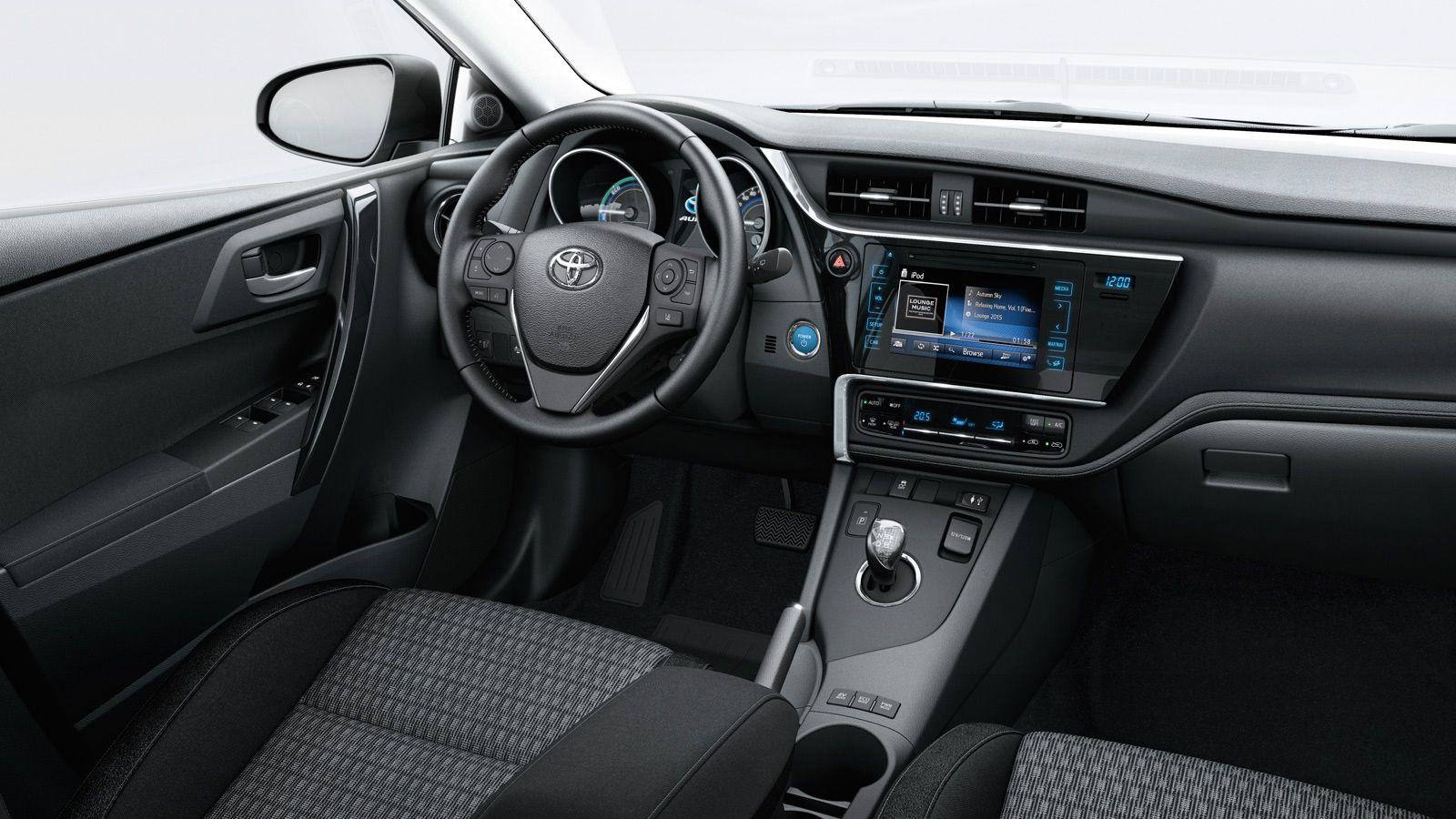 ¿Quieres comprar un Toyota Auris? Descubre acabados y precios de híbrido, diesel o gasolina. Configura tu coche y solicita una prueba en tu concesionario.