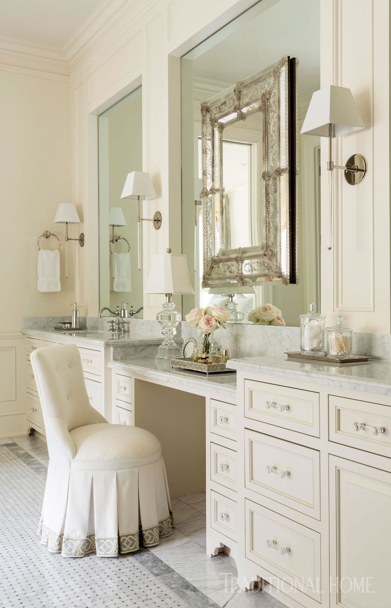 Pretty Arkansas Home with Soothing Colors | ~ Le Bain ~ | Pinterest ...