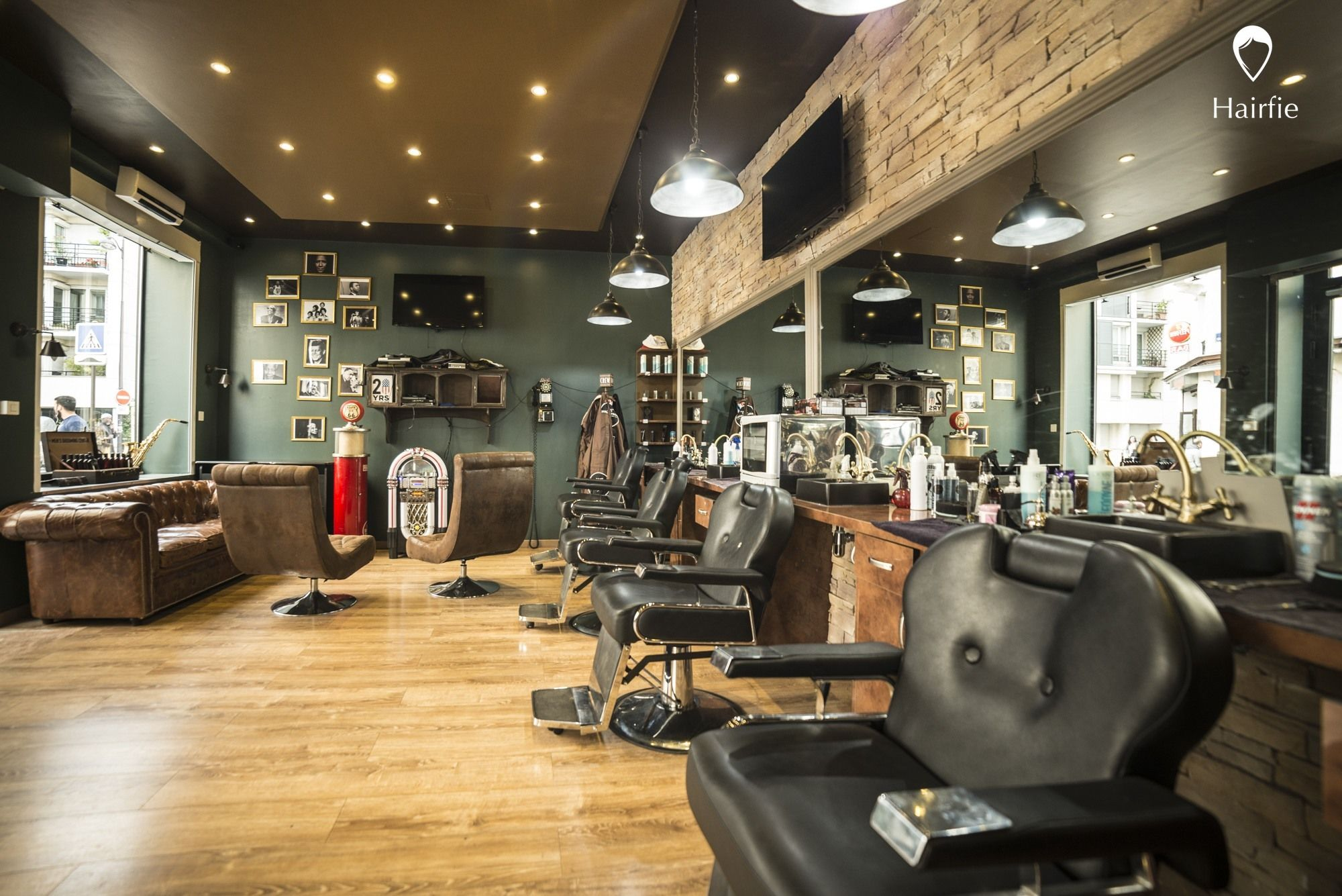 deco vintage salon de coiffure. Black Bedroom Furniture Sets. Home Design Ideas