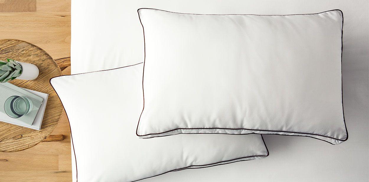 The Saatva Pillow In Queen Best
